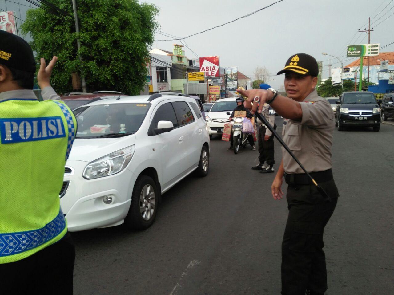 Kawal Pemudik dan Wisatawan, Polres Kota Batu Bangun 8 Pos Pengamanan