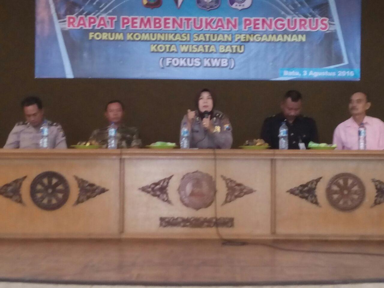Koordinasi pembentukan pengurus definitif Forum Komunikasi Satpam Kota Wisata Batu ( FOKUS KWB).
