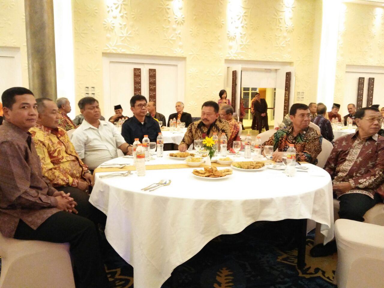 Kapolda Jatim hadiri acara Silahturahmi  Paguyuban Akabri Kepolisian angkatan 70-81 di Kota Wisata Batu
