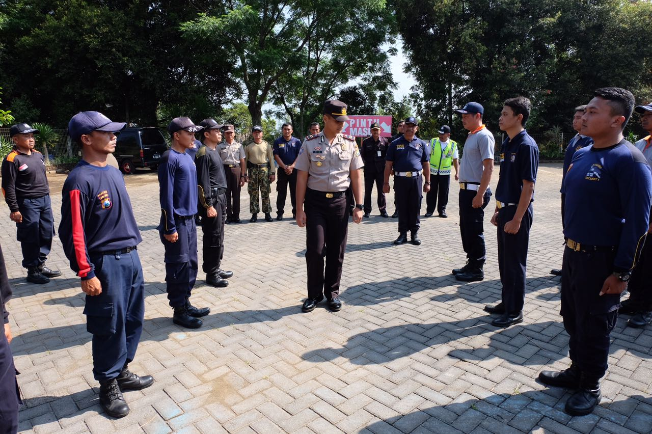 Kasat Binmas buka dan pimpin giat pembinaan penyegaran forum komunikasi Satpam