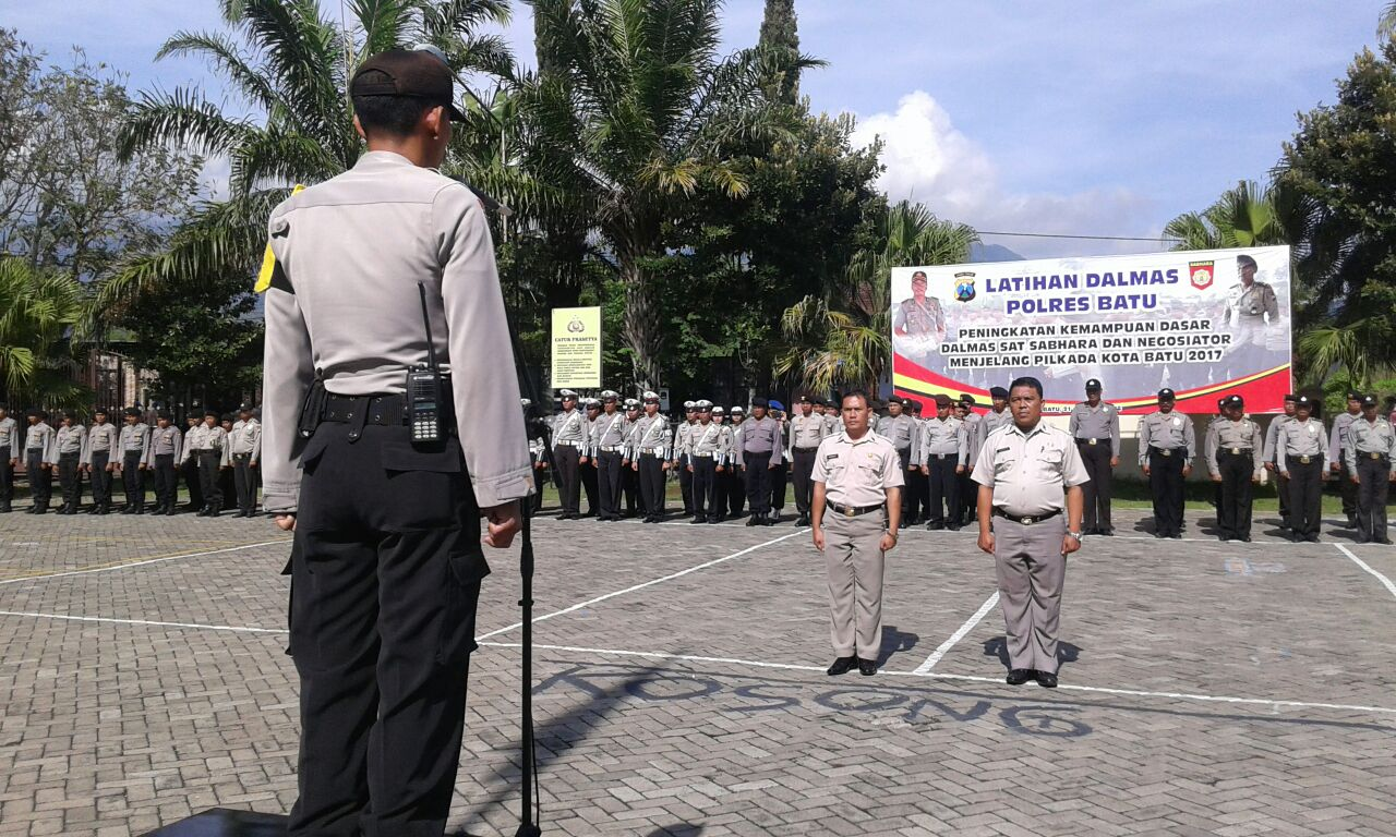 UPACARA HARI SUMPAH PEMUDA POLRES BATU DILANJUTKAN KORP RAPORT PNS