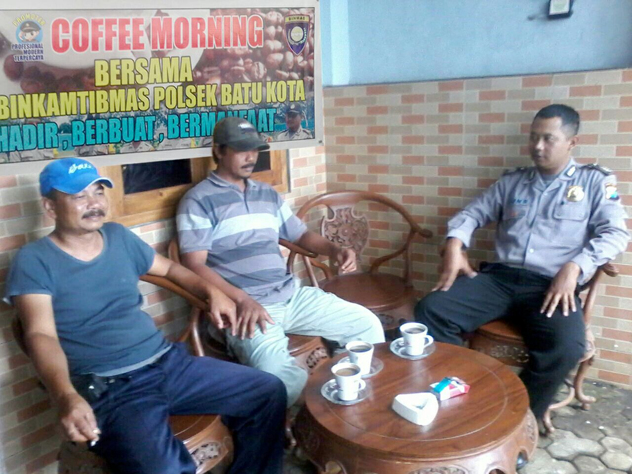 COFFEE MORNING BHABIN DI KELURAHAN SONGGOKERTO