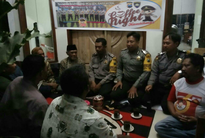 Coffe Night Kamtibmas Bersama Bhabinkamtibmas Polsek Batu Kota.