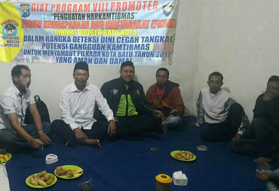 *Forum Kewaspadaan Dini Masyarakat (FKDM)* Bhabinkamtibmas Desa. Sumberejo