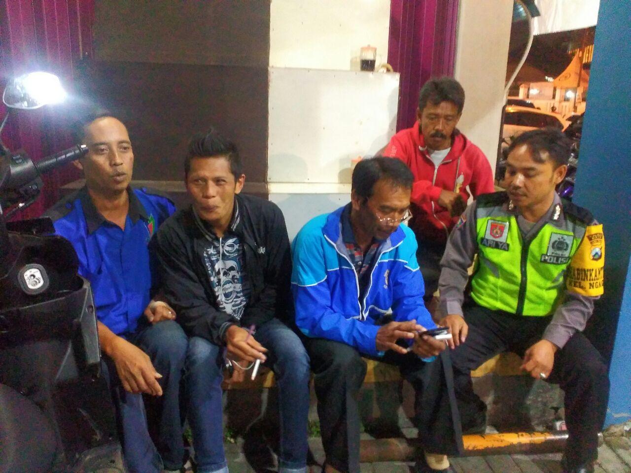 BHABIN SAMBANG DAN BINLUH KE TUKANG PARKIR BTC