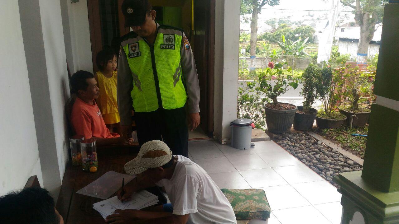 Bhabinkamtibmas Desa Punten Polsek Bumiaji Proaktif Lakukan Drs ke Warga