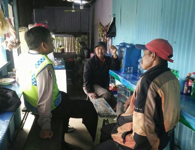 Kegiatan Kunjungan Warga Bhabinkamtibmas Desa Pesanggrahan Polsek Batu Kota
