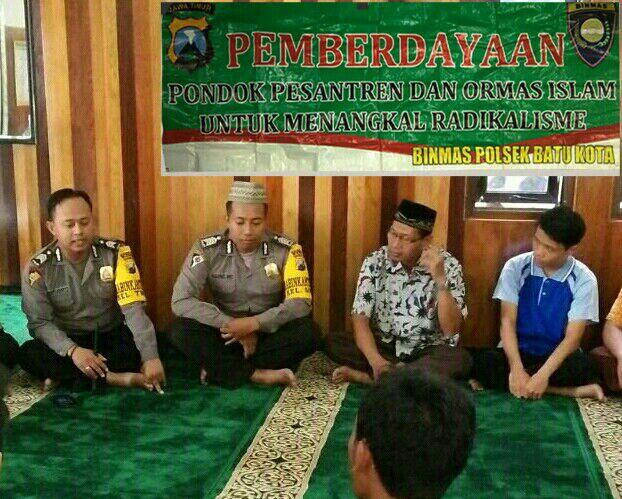Binmas Polsek Batu Kota Laksanakan Pemberdayaan Ponpes dan Ormas Islam Untuk Menangkal Radikalisme