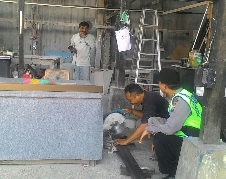 Kegiatan Sambang Warga Bhabinkamtibmas Kelurahan Temas Polsek Batu Kota