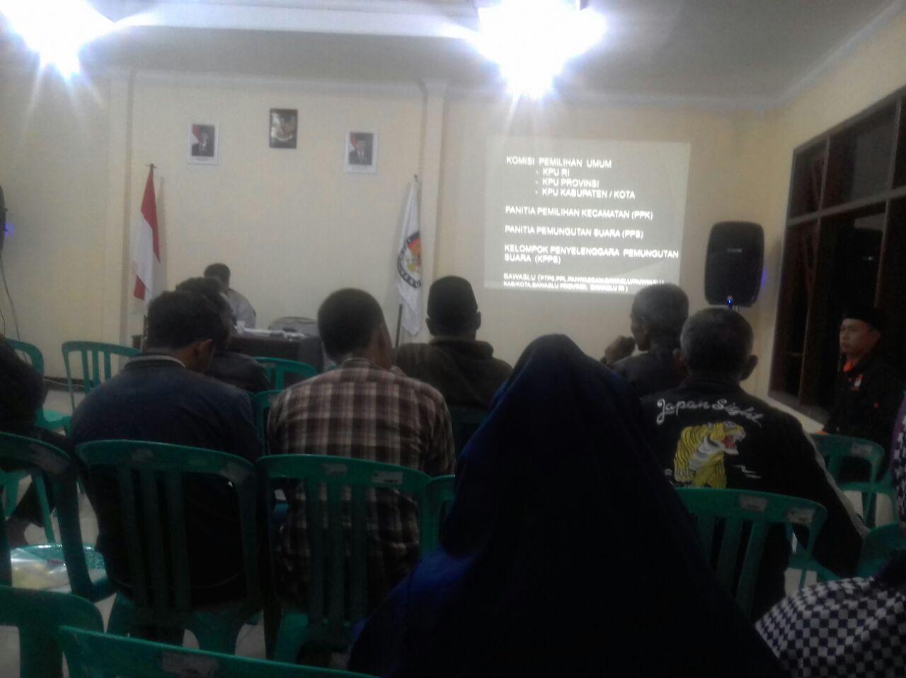 Giat sosialisasi pemungutan dan penghitungan suara oleh Bhabinkamtibmas Polsek Batu Kota