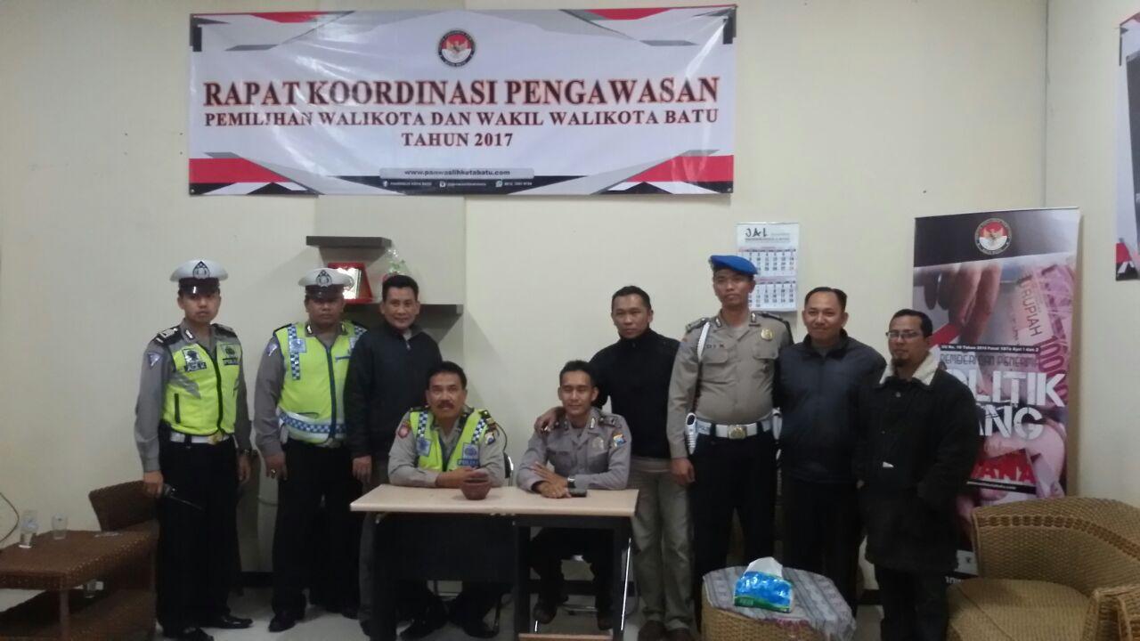 Patroli Skala Besar Anggota Polres Batu, Sukseskan Pemilukada Batu yang Aman dan Damai