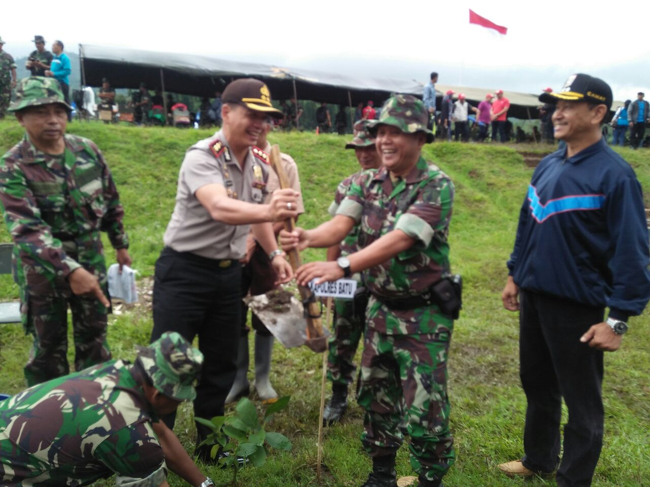 Sinergitas Polri-TNI-Pemkab Malang Selamatkan Hutan Pujon