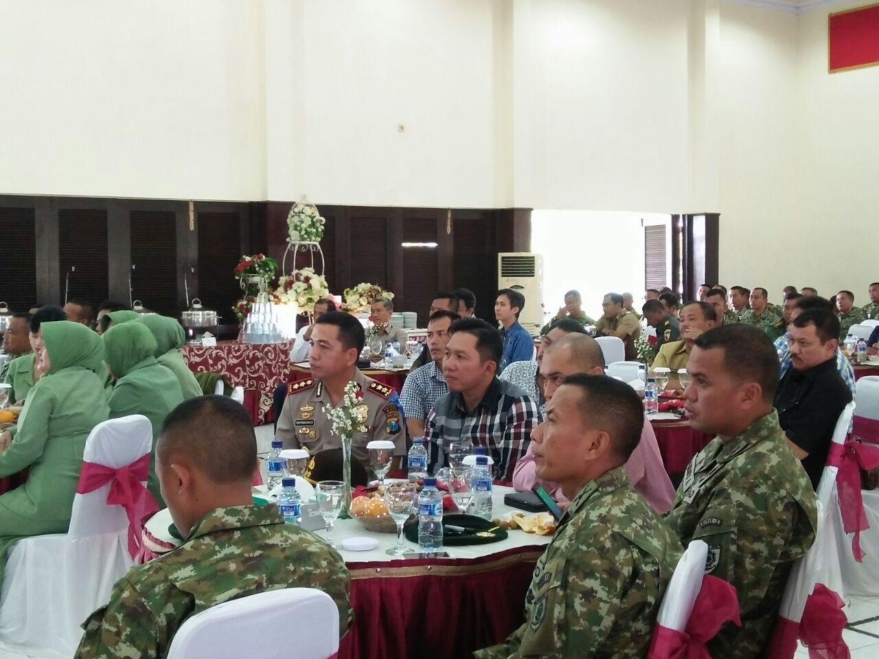 TNI-Polri Solid Kapolres Batu Hadiri Tasyakuran HUT Kostrad ke 56