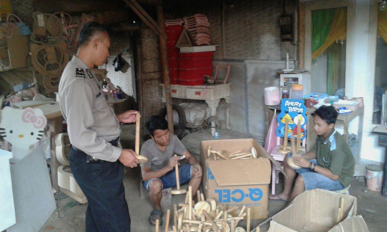 Bhabin Nan Peduli Pada Warga Binaanya