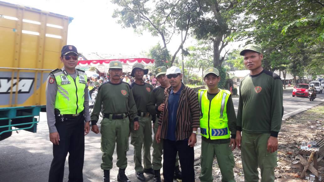 Anggota Bhabin Polsek Batu Polres Batu Giatkan Sambang DDS Pembinaan Satpam
