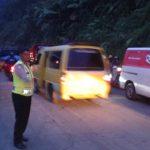 Guna Menjaga Kedisiplinan Anggota, Polsek Pujon Polres Batu Laksanakan Apel Siang Rutin Di Halaman Mako Polsek