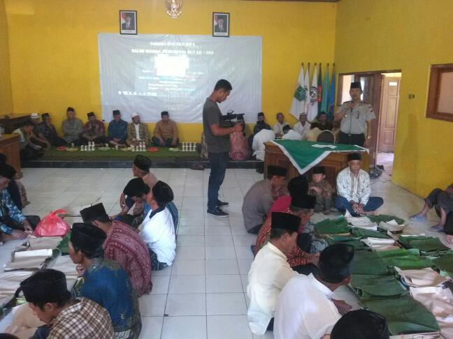 Kapolsek Pujon dan Bhabinkamtibmas Hadiri Do'a Bersama Dalam Rangka Bersih Dusun