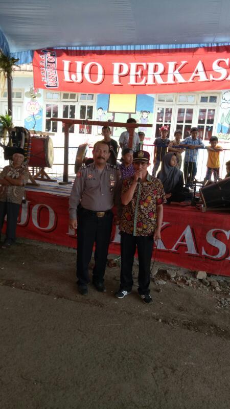 Bhabinkamtibmas Hadiri Kirab Bantengan Dalam Rangka Bersih Dusun