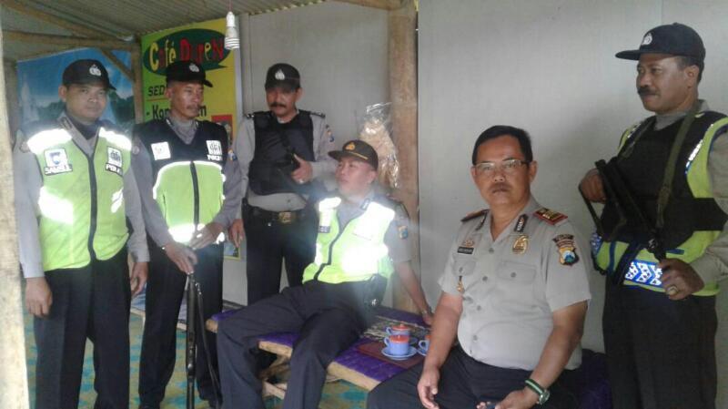 Kapolsek Pujon Pimpin Patroli Bersinggungan