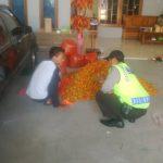 Anggota Polsek Ngantang Polres Batu Patroli Kamtibmas Dengan Warga Binaanya Menjaga Sinergitas Aman Dan Nyaman