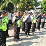 Pimpin Langsung Apel Pagi Rutin Kapolsek Ngantang berikan penekanan kepada anggota tentang pelaksanaan tugas