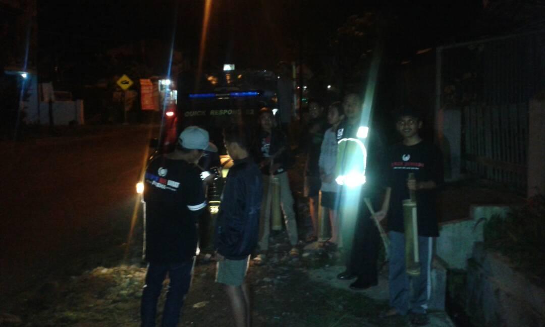 Polsek Pujon Polres Batu Giatkan Patroli Sahur Bersama Warga