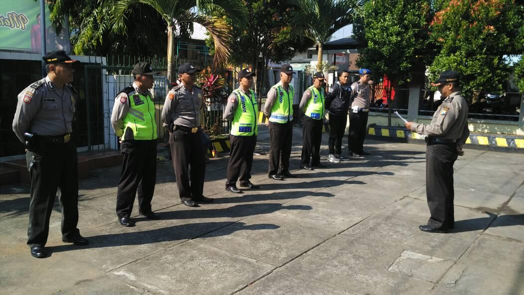 Polsek Ngantang Polres Batu Tingkatkan Kedisiplinan Anggota Dengan Apel Pagi