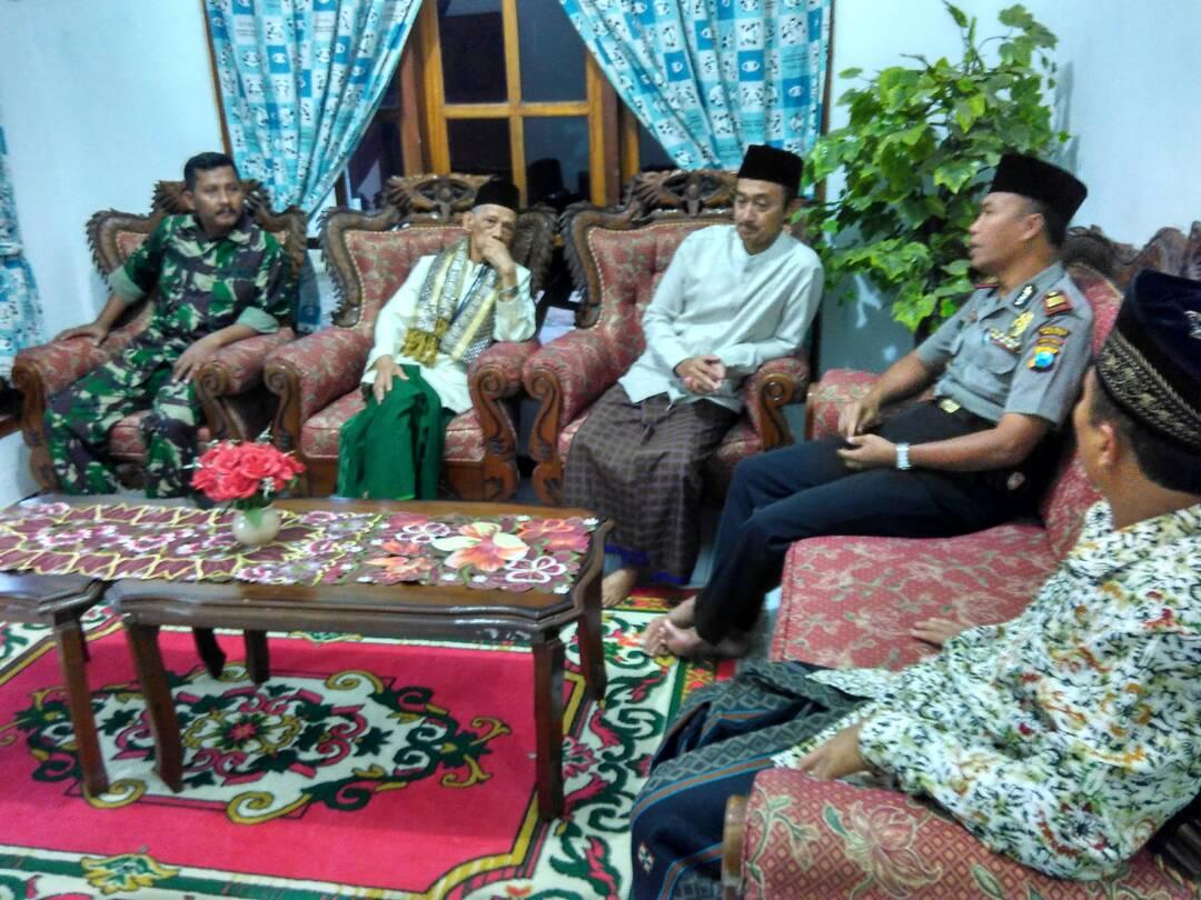 Kapolsek Ngantang Polres Batu Bersama Muspika Giat Safari Ramadhan