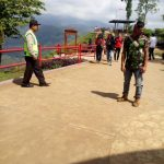 Anggota Polsek Pujon Polres Batu Giatkan Patroli Wisata Rutin Untuk Menjaga Tempat Wisata Aman kondusif