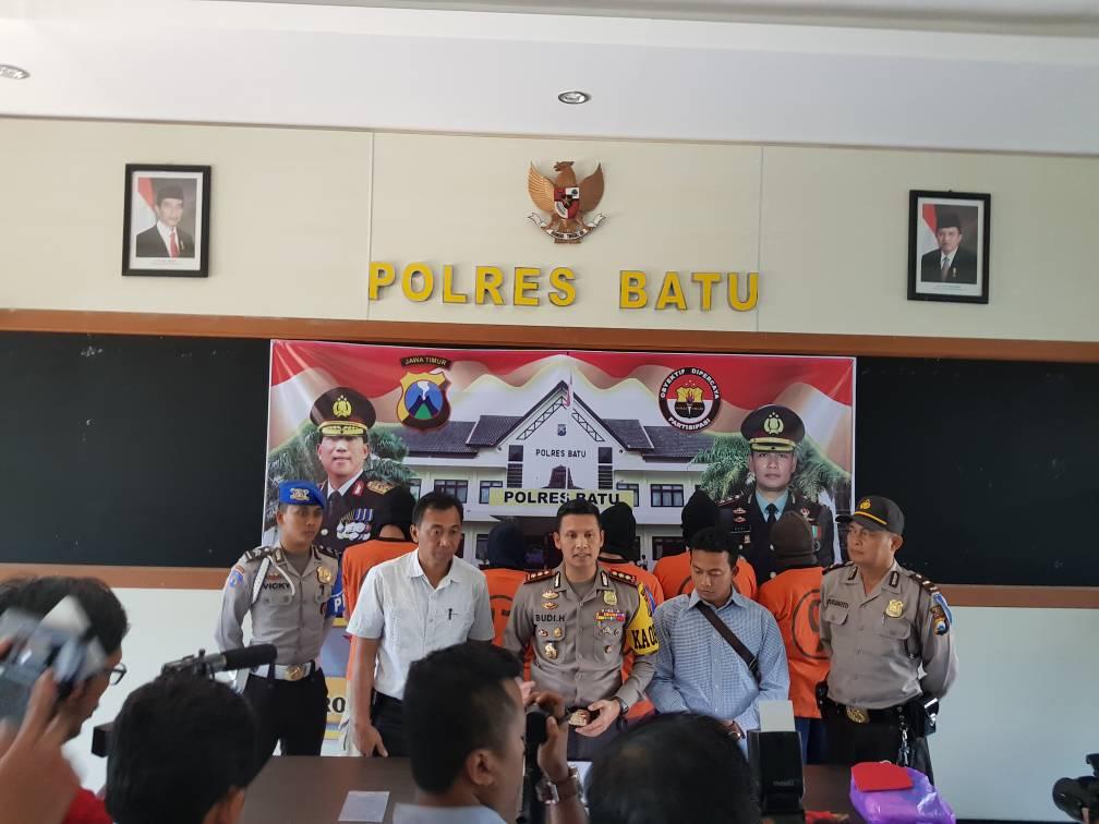 Polres Batu Press Conference Tindak Pidana Penipuan