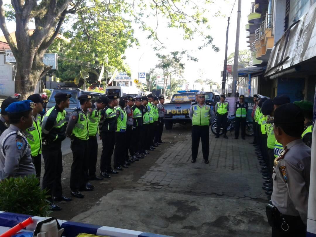 Pospam Dewisartika Polres batu  Laksanakan Apel Serah Terima Tugas Jaga Pos