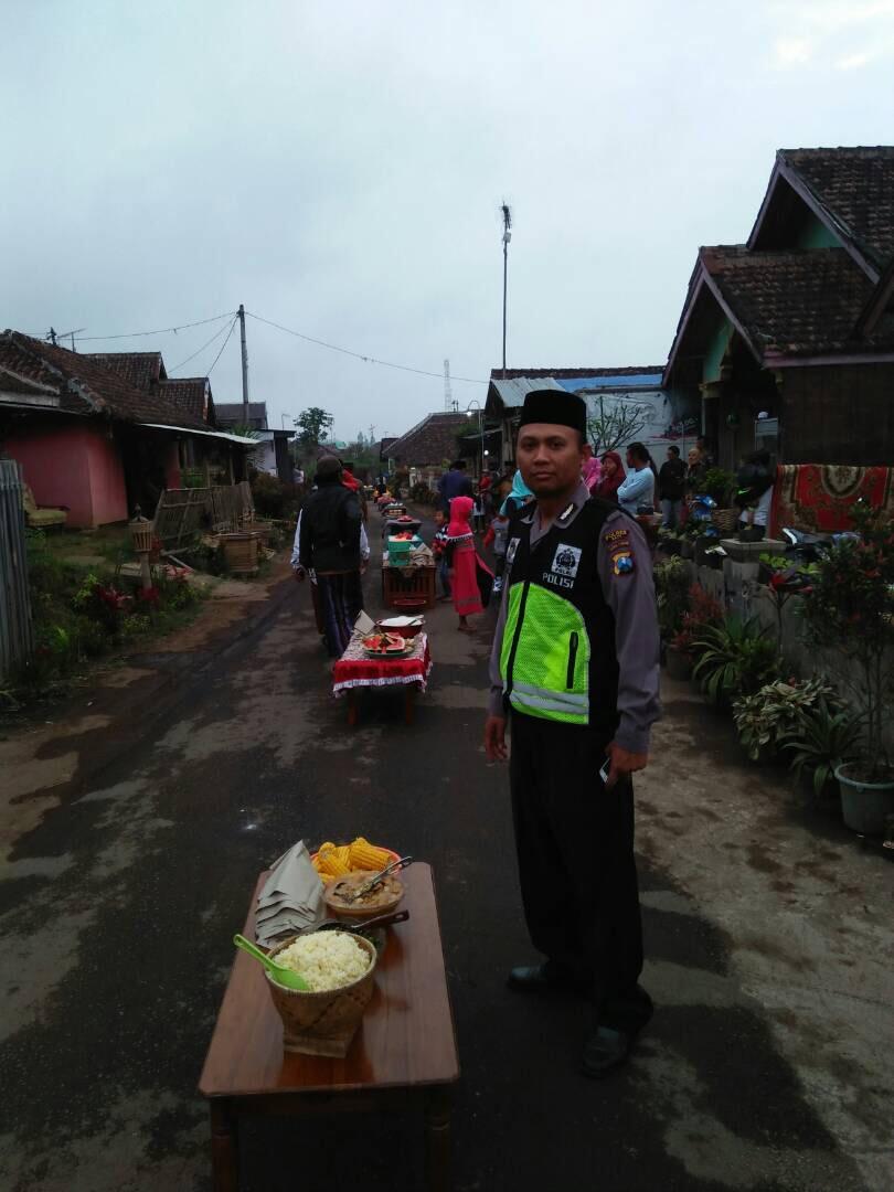 Kapolsek Pujon Polres Batu Hadiri Buka Bersama di Desa Pujon kidul