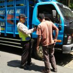 Anggota Polsek Ngantang Polres Batu Giatkan Operasi Cipta Kondisi menjelang Pilpres 2019
