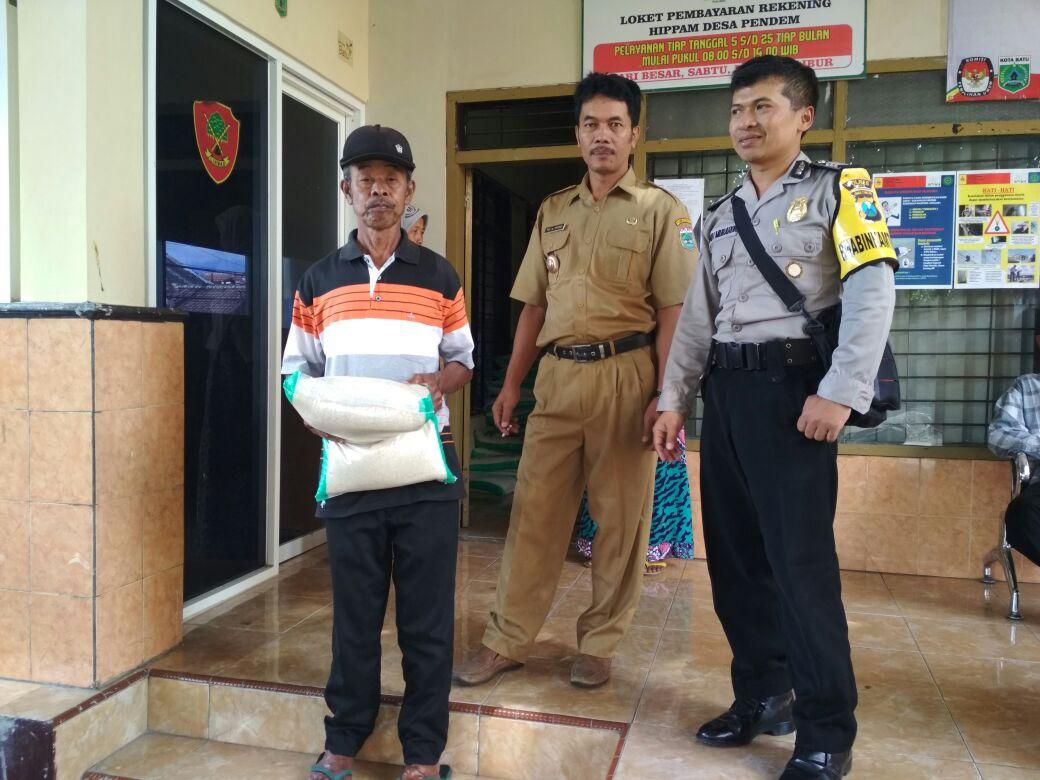 Anggota Bhabinkamtibmas Polsek Junrejo Polres Batu Laksanakan Giat Silaturrahmi