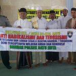 Anggota Bhabinkamtibmas Polsek Batu berikan penyuluhan tentang bahaya radikalisme Di Masjid Al Mutaqien