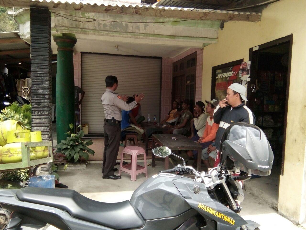 DDS Bhabinkamtibmas Desa Purworejo Polres Batu Binluh ke Perangkat Desa