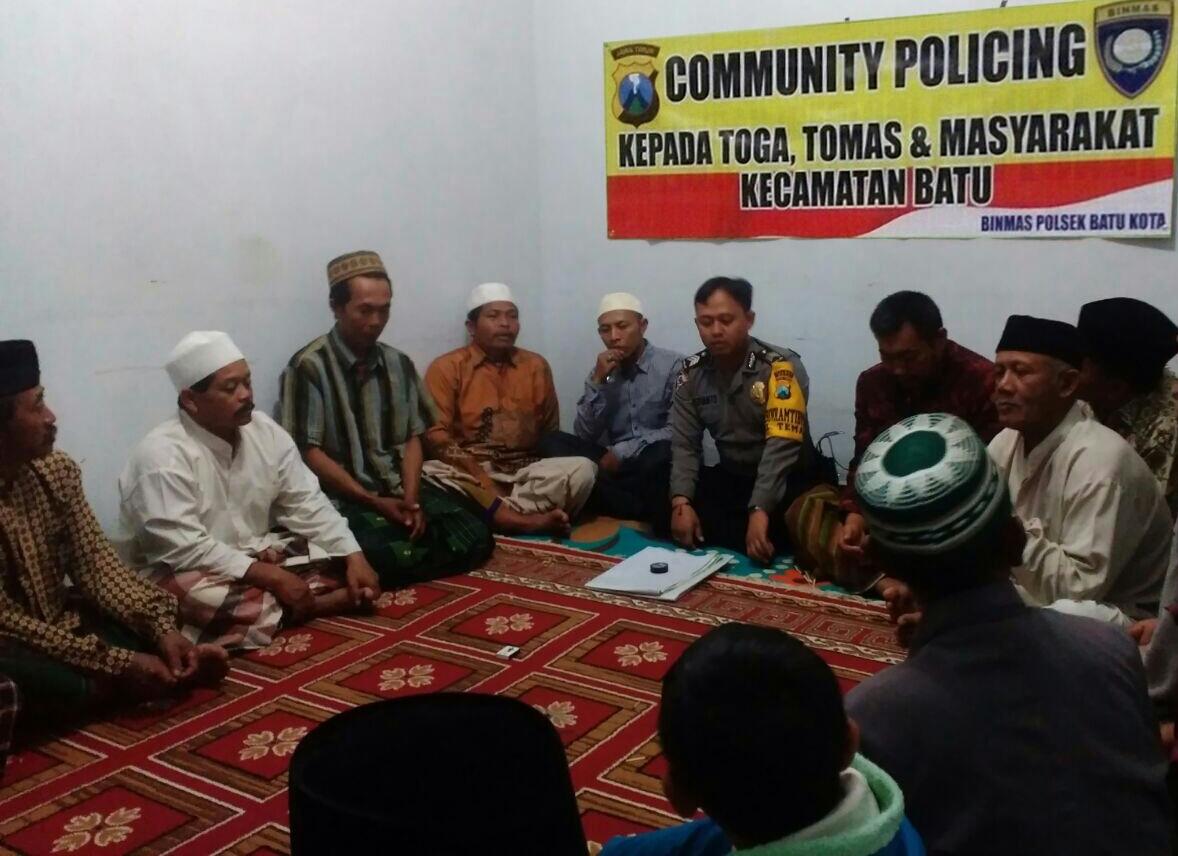Tasyakuran Selamatan Desa, Polsek Batu Polres Batu Laksanakan Comunity Policing