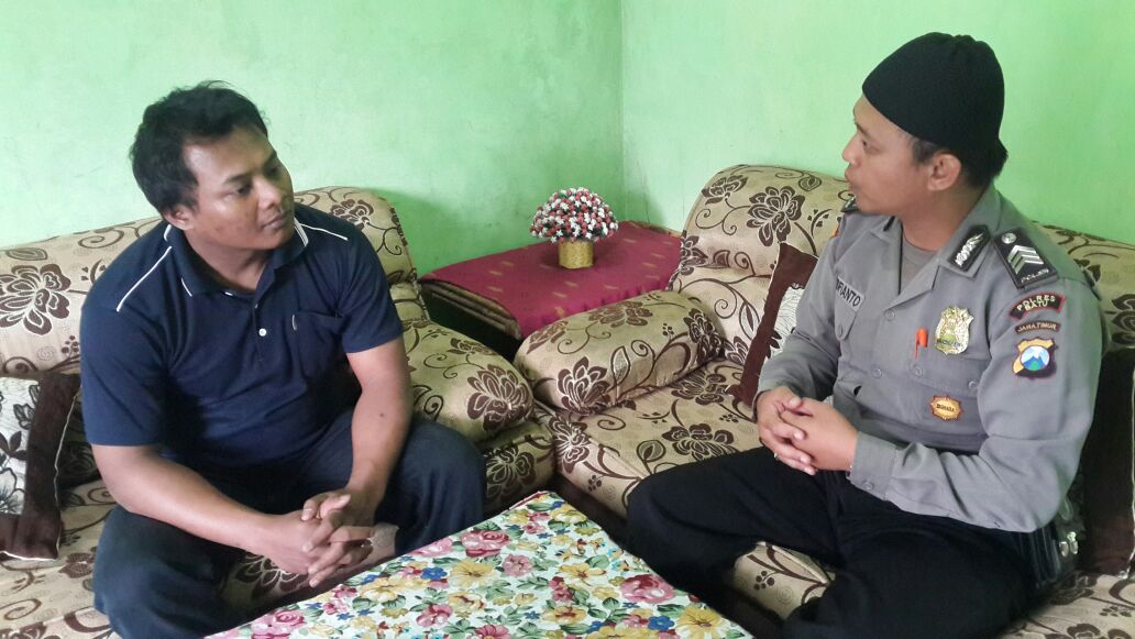 Bhabinkamtibmas Polsek Batu Polres Batu Giatkan DDS Ke Tokoh Pemuda