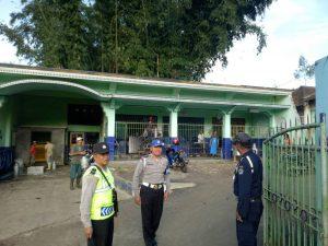 Tingkatkan Keamanan, Anggota Polsek Pujon Polres Batu Giatkan Patroli