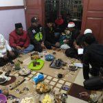Bhabinkamtibmas Polres Batu Selalu Hadir di Pertemuan Rutin Perangkat Desa