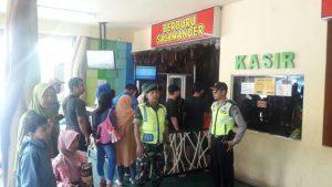 Berikan Pelayanan Prima, Anggota Polsek Junrejo Polres Batu Laksanakan Giat Patroli Wisata