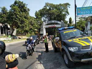 Berikan Pelayanan Prima, Anggota Polsek Kasembon Giat Patroli Batas Kota