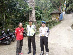 Cegah Situasi Tetap Aman Dan Kondusif, Anggota Polsek Kasembon Polres Batu Laksanakan Giat Pengamanan Lokasi Wisata