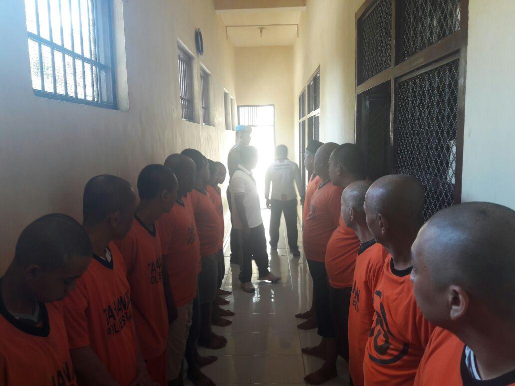 Guna Mengecek Kondisi Tahanan, Piket Sipropam Polres Batu Lakukan Cek Tahanan