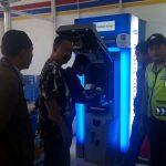 Anggota Bhabinkamtibmas Polsek Pujon Polres Batu Tingkatkan Kewaspadaan dengan melaksanakan patroli di kawasan ATM yang dianggap rawan aksi pencurian