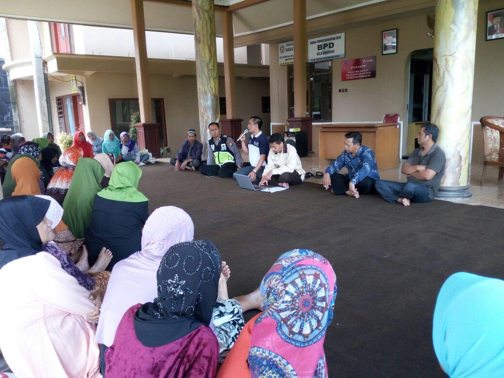 Bhabinkamtibmas Polres Batu Pembinaan dan Penyuluhan ke Warga Desa Bendosari