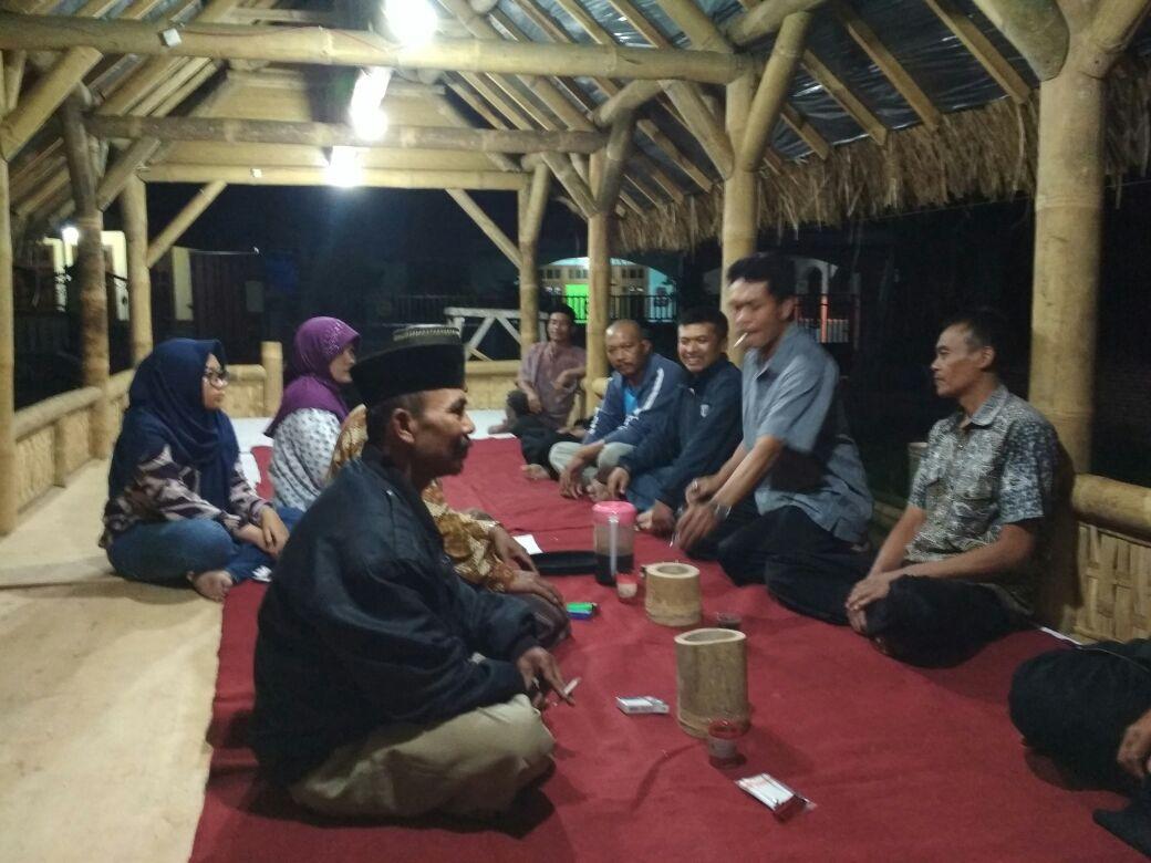 Babinkamtibmas desa Pendem polsek junrejo polres Batu selesaikan problem solving di desa binaannya.
