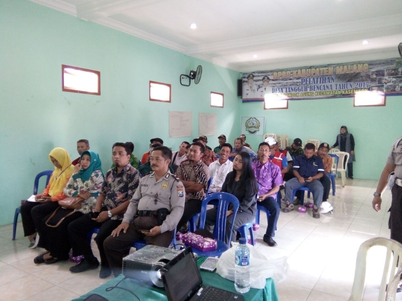 Kanit Sabhara Polsek Kasembon Polres Batu Menghadiri Undangan Kepala Desa Pondok Agung Kec. Kasembon