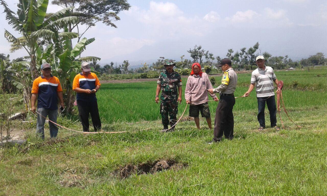 Giat Anggota Bhabinkamtibmas Pendem  Polres Batu Antisipasi Penyelewengan Dana Desa
