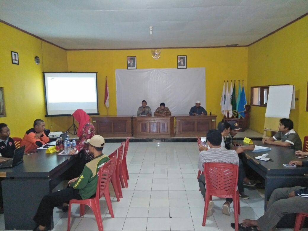 Bhabinkamtibmas Polsek Pujon Polres Batu bersama PMI Kabupaten Malang Penyuluhan Penanggulangan Bencana